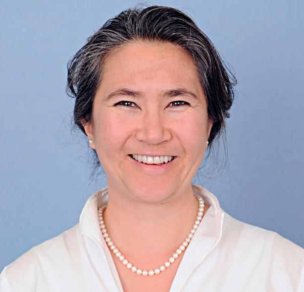 Susan_Schaerli-Lim Headshot